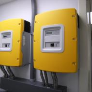 PV Off-Grid Inverters Simplest operation, full functional range. The perfect stand-alone manager for systems above 3 kW. Oreck